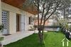Gerenoveerd huis met tuin in het centrum van Pézenas Ref # 18-3502